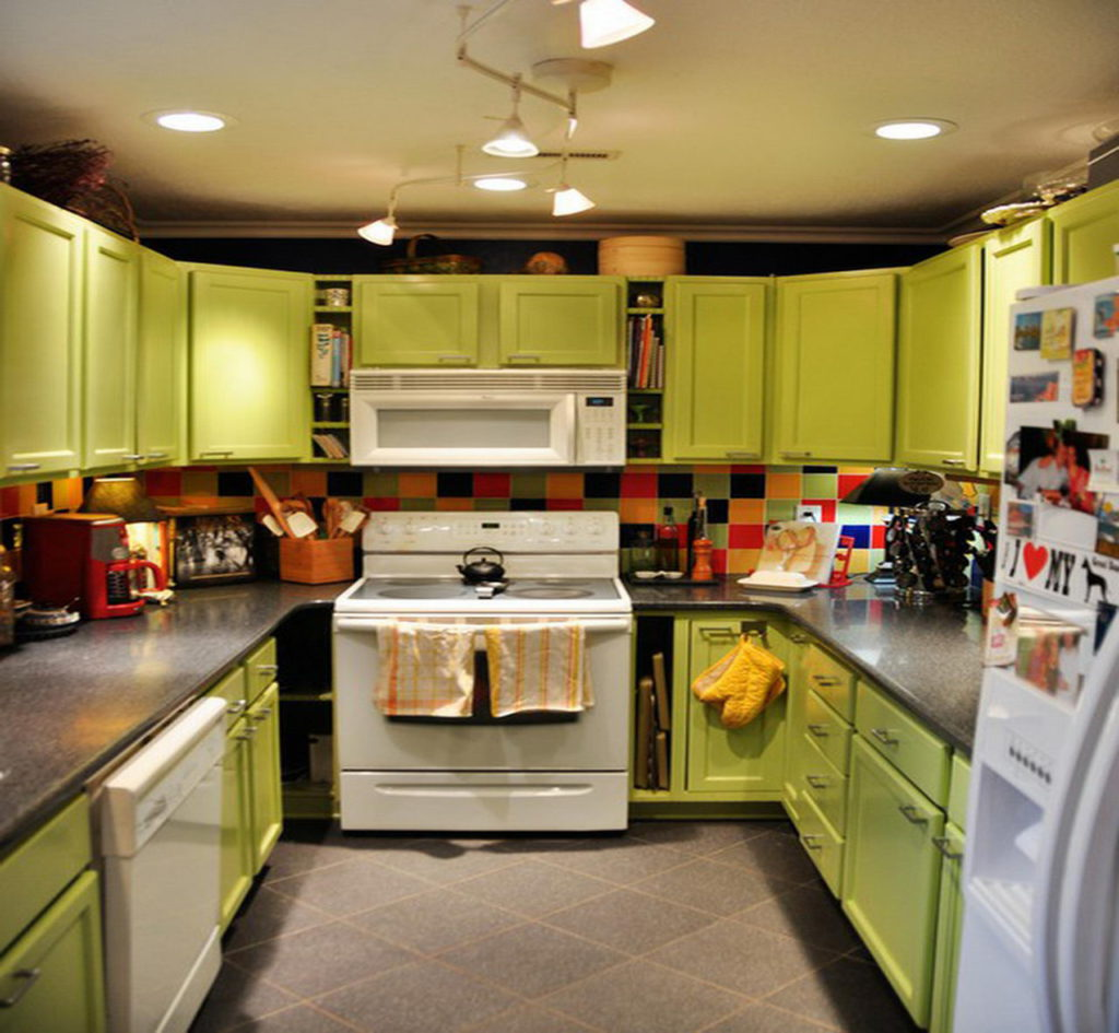 Colorful kitchen design ideas homedizz for Different kitchen styles