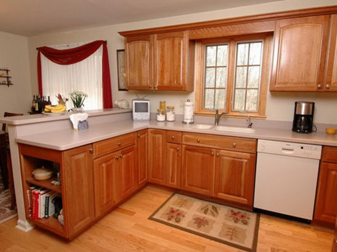 Kitchen cabinets and storage ideas homedizz for Sample small kitchen designs