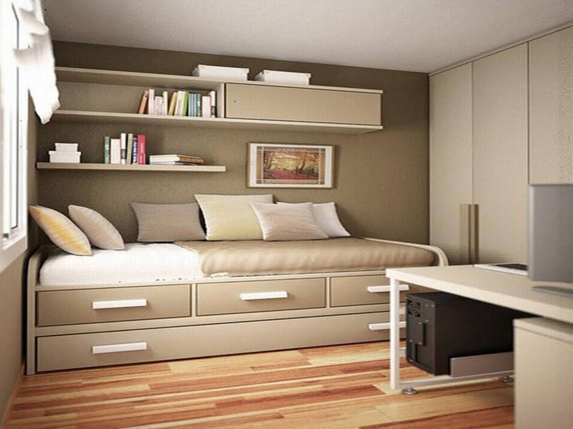 25 tips for designing small sized bedrooms got bigger with for Creative bedroom designs