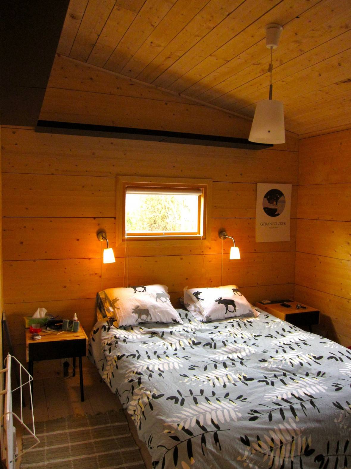 great warm home decor for attic bedroom with two small bed lamp