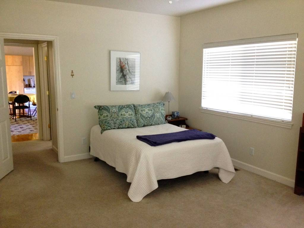 small size bedroom 25 tips for designing small sized bedrooms got bigger with 13346