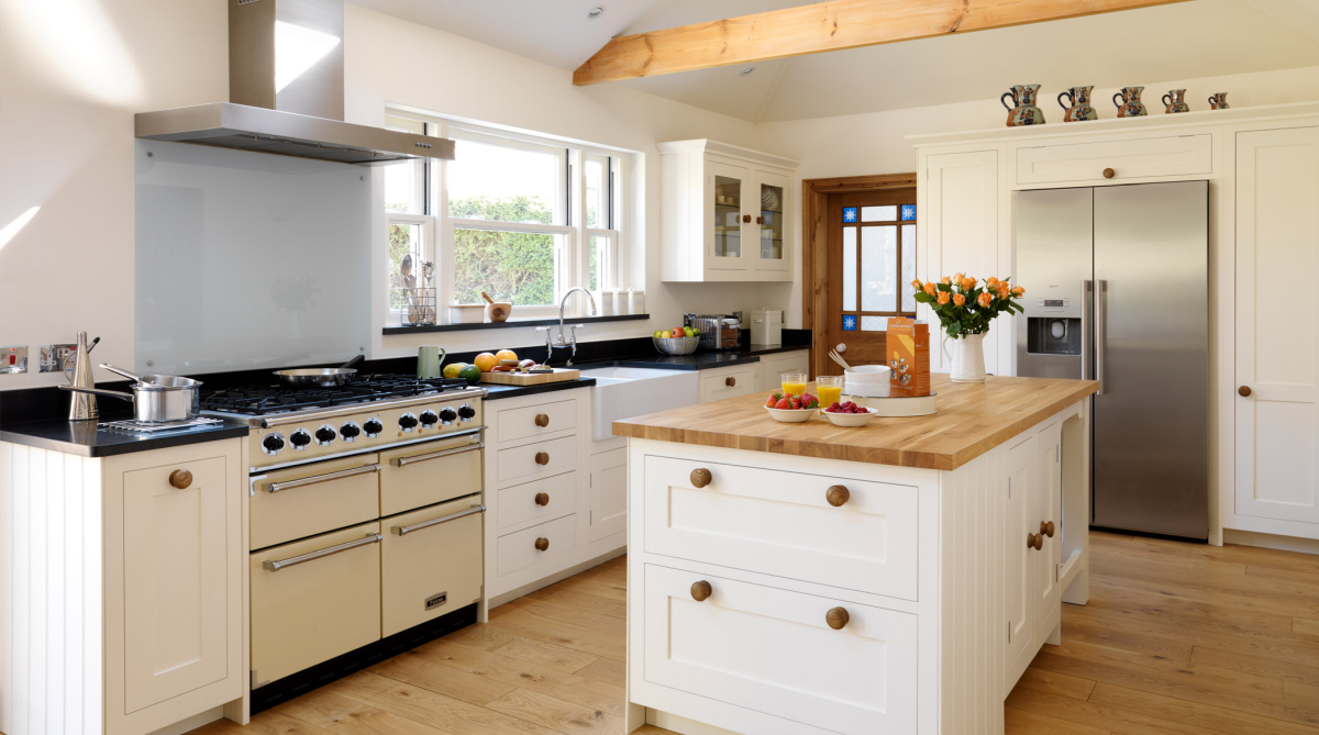 country style kitchen with island