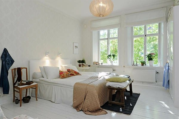 Designed bedrooms in a Scandinavian style bench for the Holy Linen