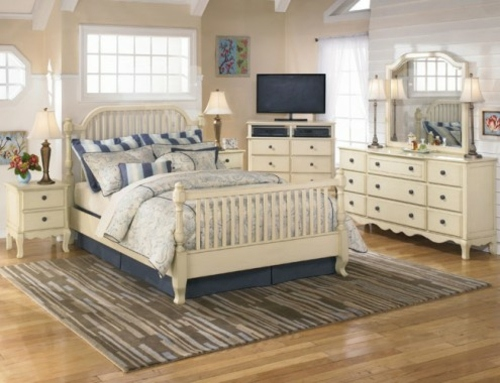 white blue bedroom stripe pattern