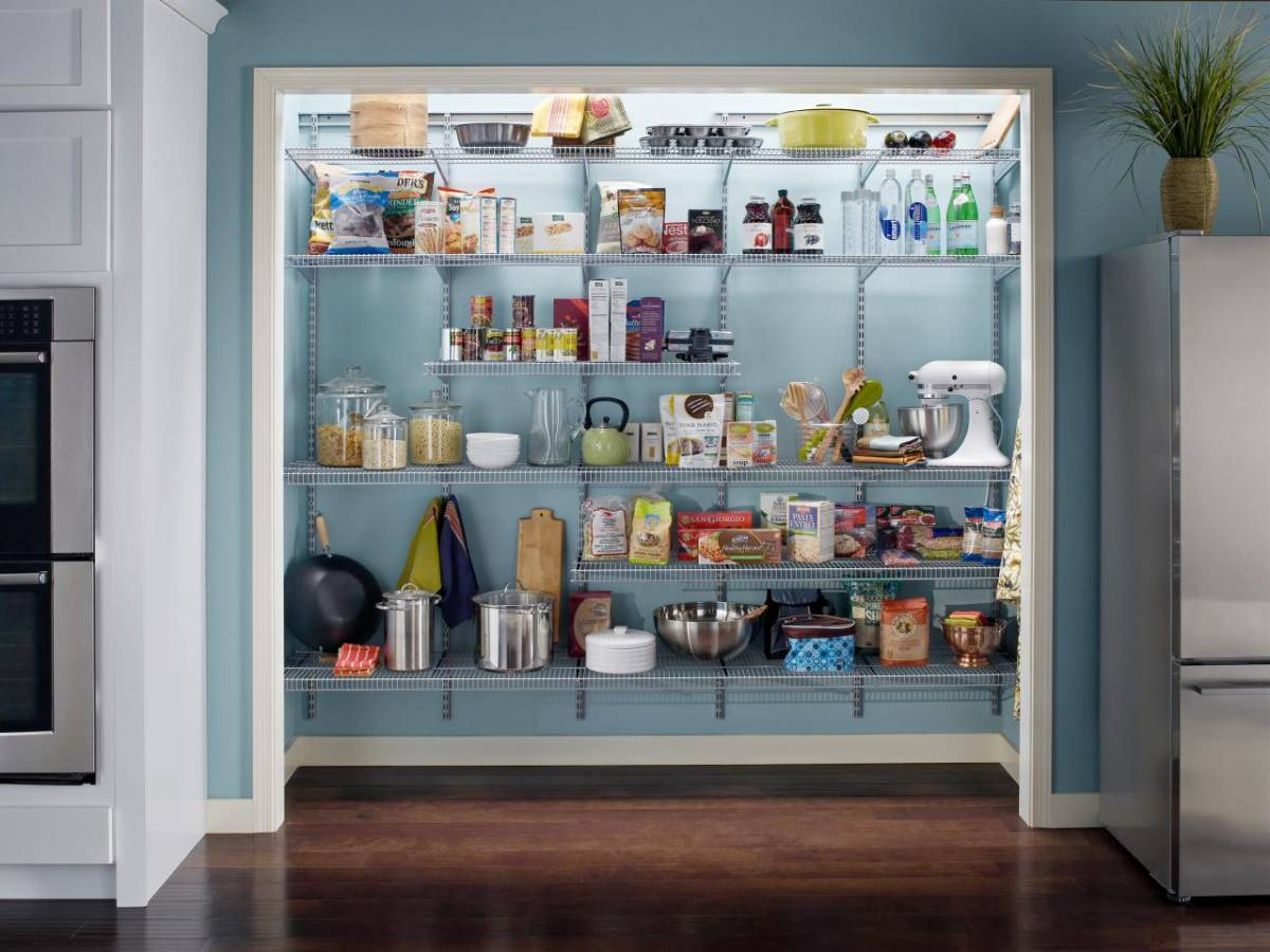 loft kitchen pantry