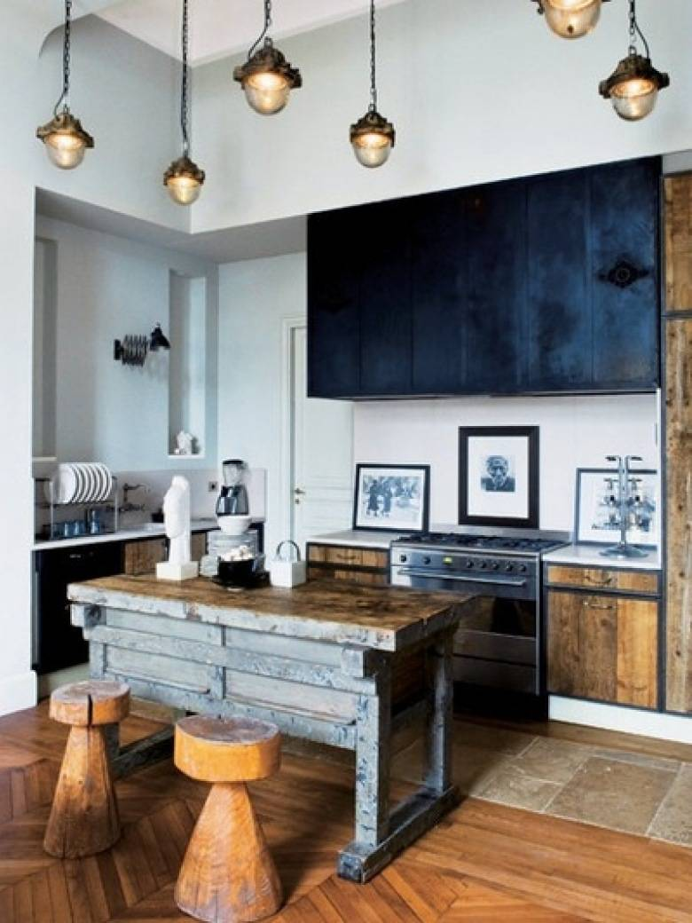 Realization of small industrial kitchen ideas with rustic elements