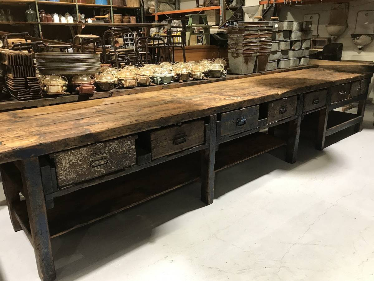 Cool vintage industrial kitchen island idea